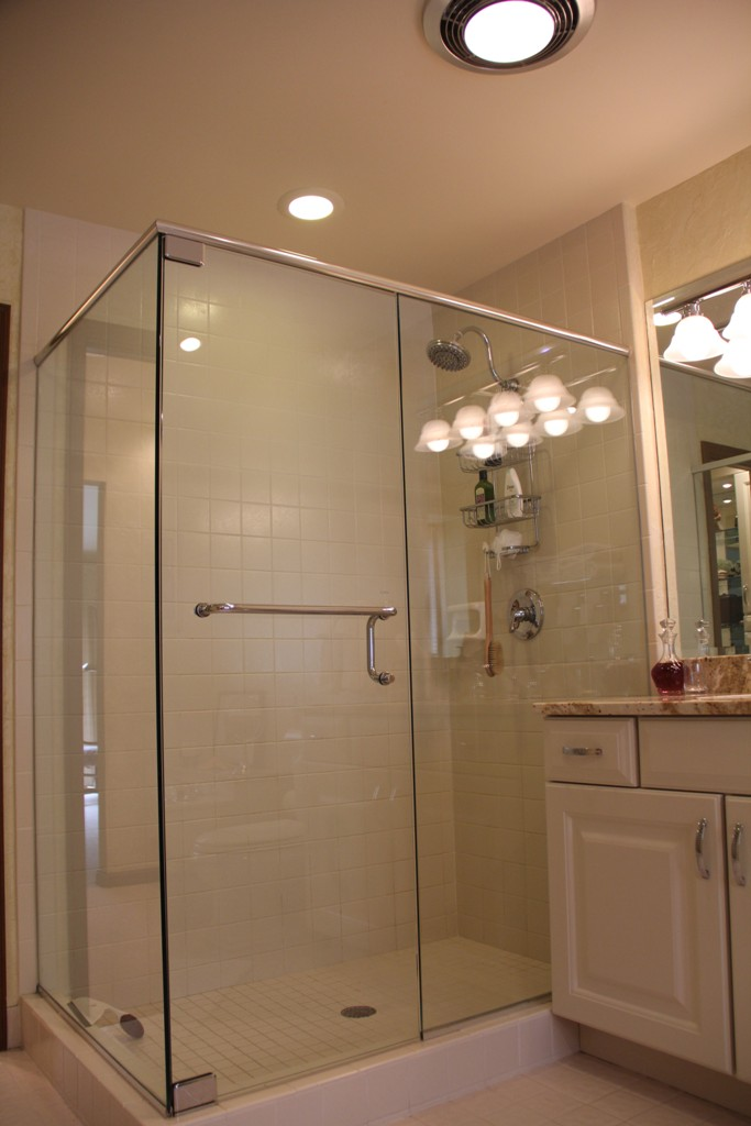 Celesta Frameless Shower Doors by Basco | Cincinnati, OH