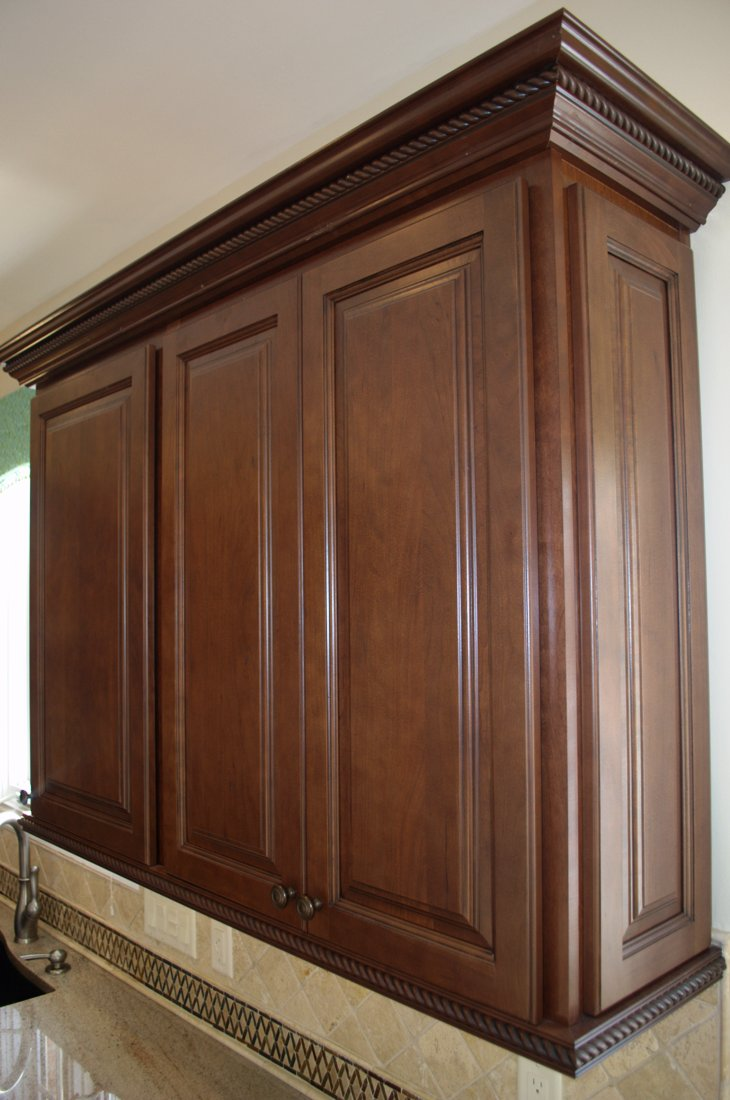 Kitchen And Bath Cabinets And Countertops Kitchen Cabinet Makeover Install Crown Molding Hello I