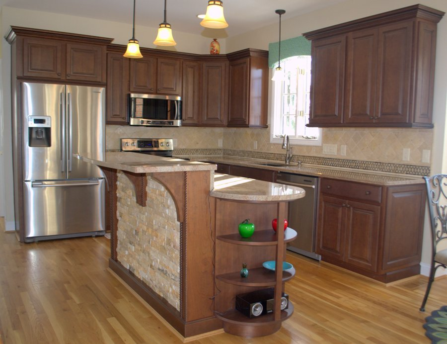 Kitchen-Image-With-Pendant-Lights-1