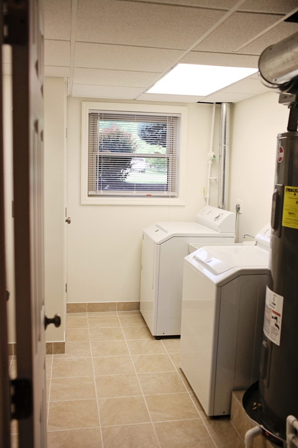 Cincinnati-Laundry-Room-Image-9