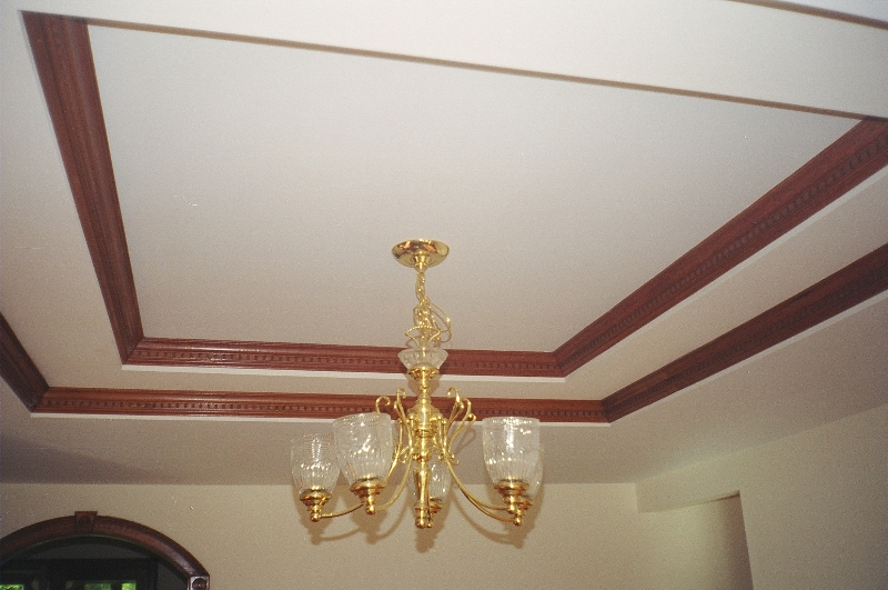 tray-ceiling-crown-molding-image-1