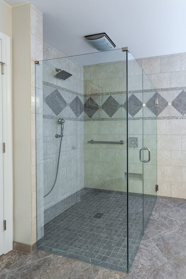 Handicap-Accessibility-Shower-Image