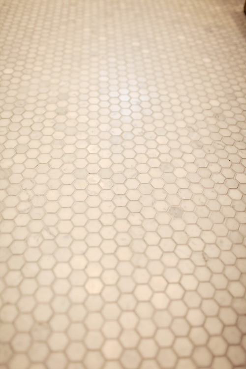 "White Carrara 1"" Hexagon Honed floor tile"