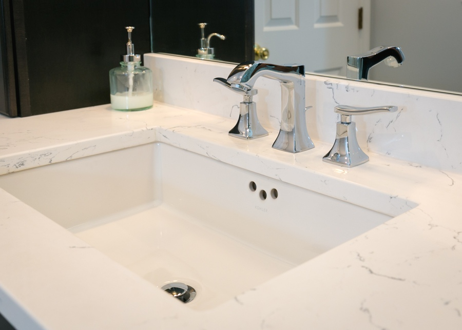 Modern bathroom with ColorQuartz Venatino vanity top.