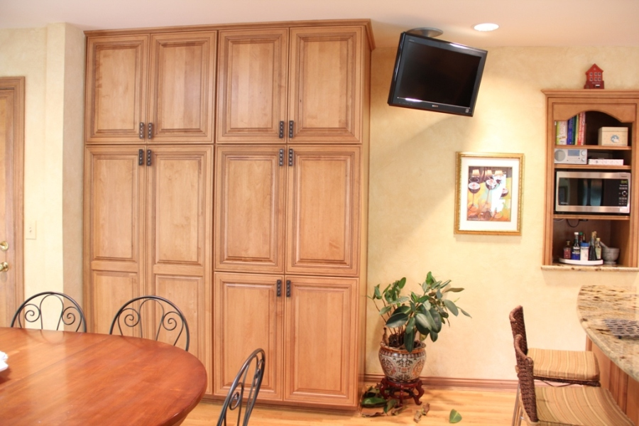 Kitchen-Pantry-Cabinet